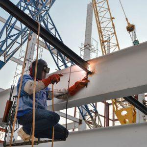 Слесарь строительных и монтажных работ